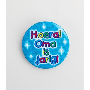 Button hoera oma is jarig