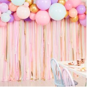 Streamers backdrop pastel met ballonnen Ginger Ray