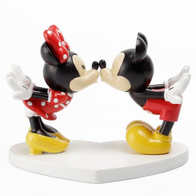 Disney magical Mickey & Minnie kissing beeldje