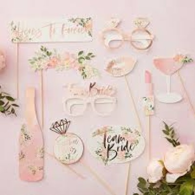 Team Bride Floral photobooth props 10-delig